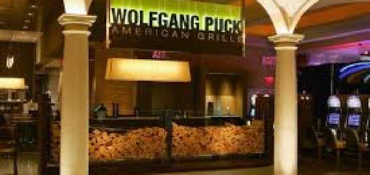 wolfgang puck restaurants in ac